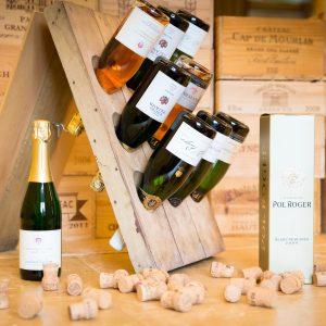 Champagnerflaschen im Rüttelpult